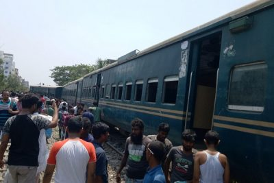 Five people were killed in a train derailed in Tongi