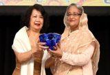 PM receives Global Women's Leadership Award