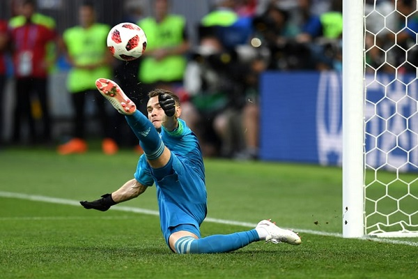 Akinfeev saves to win the Math for Russia